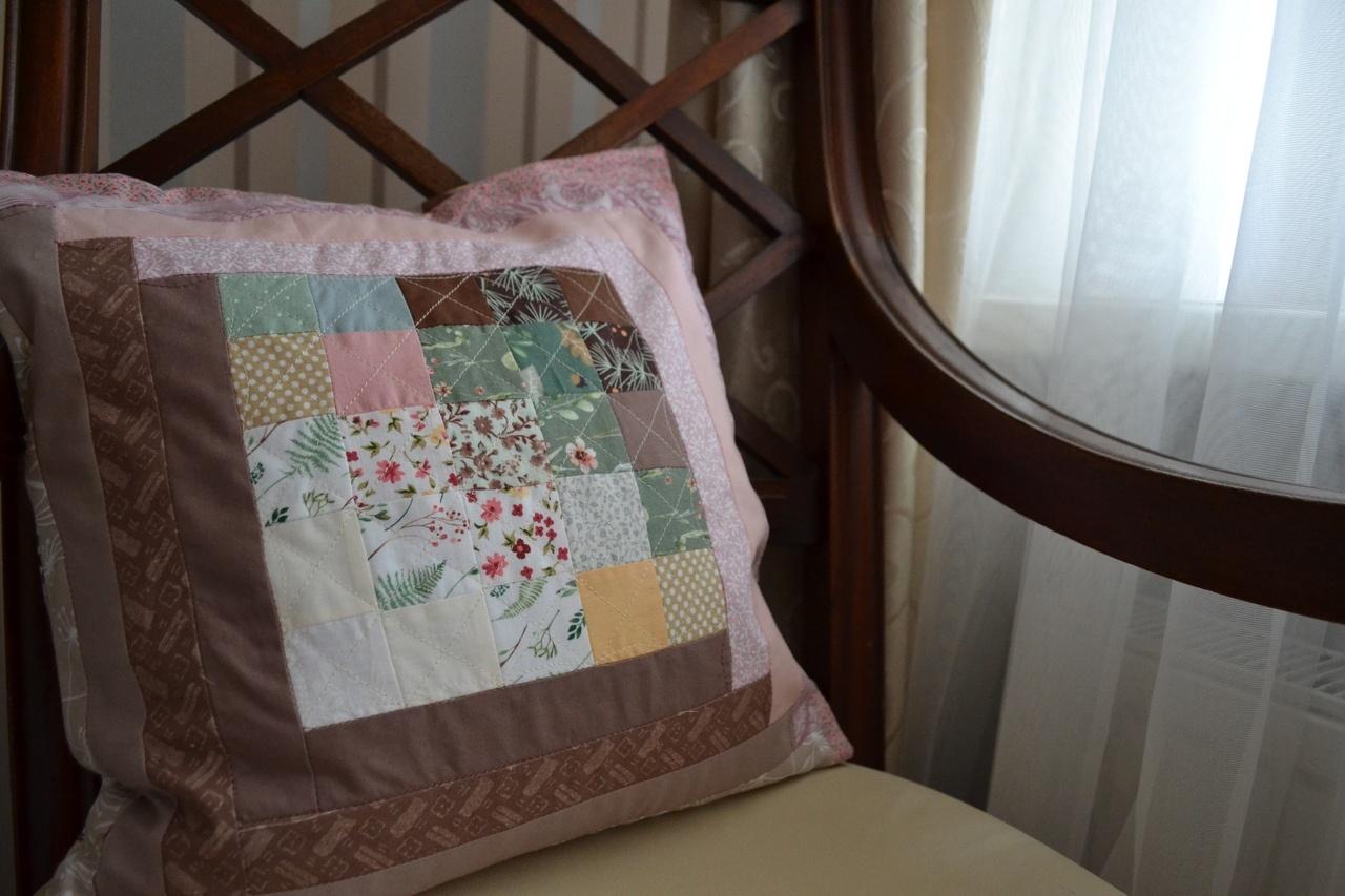 Подушка в стиле акварель